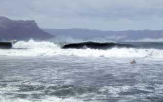 波間の三筒